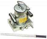 62725755 Pompa hydrauliczna ręczna - dwustronnego działania (pojemność zbiornika: 0,7 dm3)