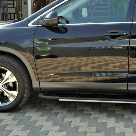 01656110 Stopnie boczne, czarne - Hyundai SantaFe 2012- (długość: 171 cm)
