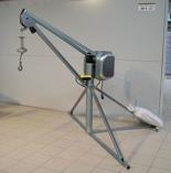 DOSTAWA GRATIS! 55564733 Wciągarka budowlana elektr. , obrotowa, w komplecie z podstawą + zdalne sterowanie kasetą (udźwig: 500 kg, długość liny: 60m)