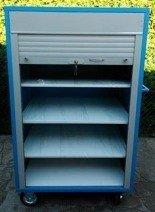 Wózek narzędziowy z żaluzją, 4 półki regulowane (wymiary: 1600x100x600 mm) 77157365